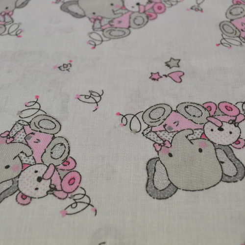 Tissu coton imprimé éléphants et oursons (0.9€/10cm)