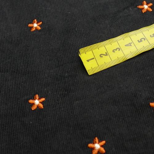 Tissu coton fines côtes marine brodé orangé (1.99€/10cm)