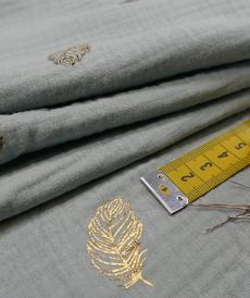 Double gaze de coton menthe imprimé feuilles dorées