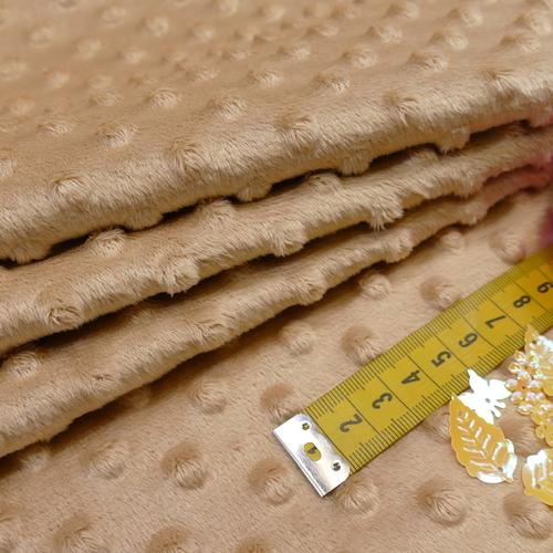 Minky à pois beige tendre (0.99€/10cm)