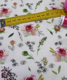 Double gaze de coton roses et feuillages Stenzo(1.10€/10cm)