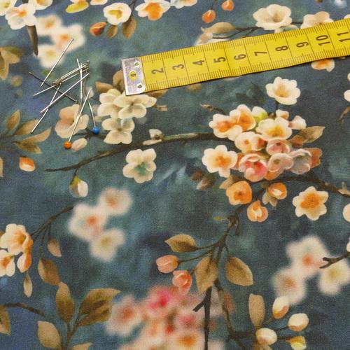 Tissu viscose imprimé fleuri japonisant bleu (10cm/1.1€)