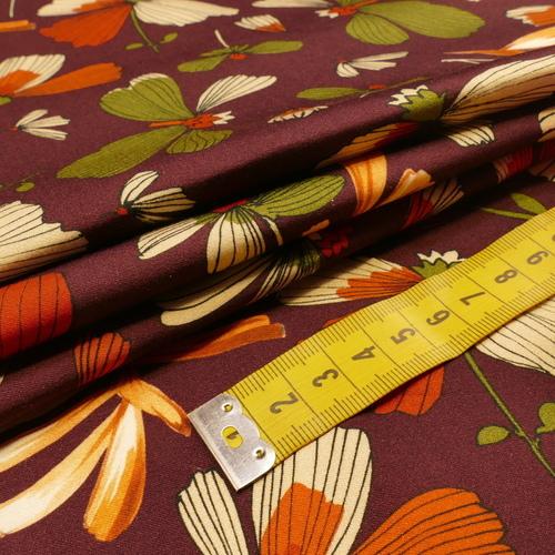 Tissu viscose imprimé fond aubergine A la ville By Bittoun (10cm/2.76€)
