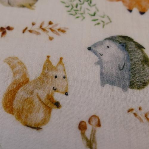 Double gaze de coton animaux de la forêt