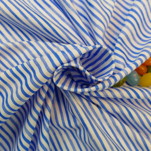 Très beau jersey de coton rayé marin de la marque Hilco