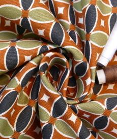 Sergé de coton stretch rétro de la marque Hilco (2.6€/10cm)