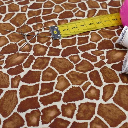 Tissu coton imprimé girafe Stenzo (0.9€/10cm)