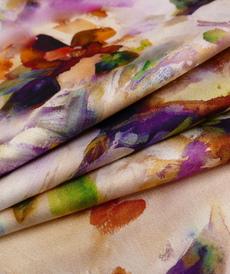 Tissu viscose satiné, imprimé fleuri d'Hilco