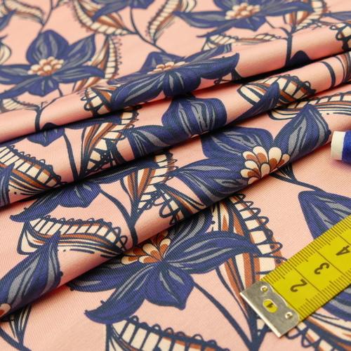 Jersey de coton imprimé fleuri sur fond rose d'Hilco