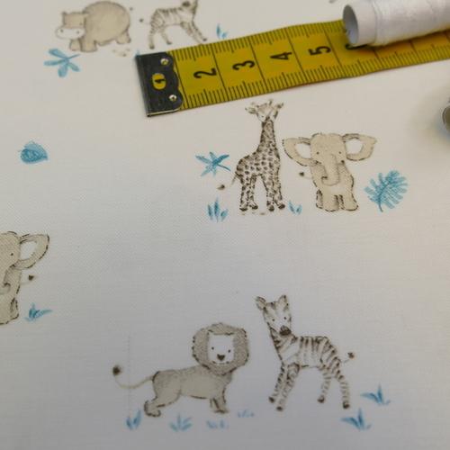 Tissu coton imprimé petits animaux de la savane d'Hilco (1.8€/10cm)