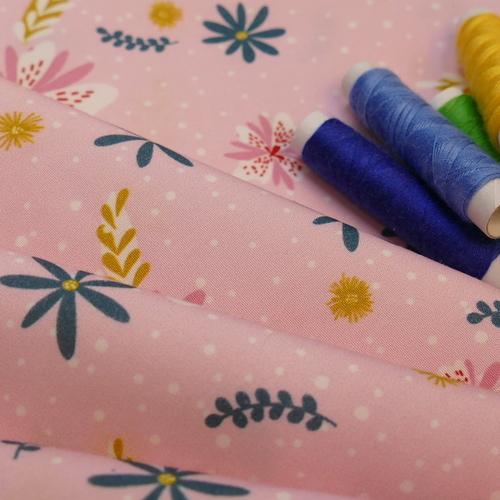 Tissu coton Happy Flowerli fond rose Hilco