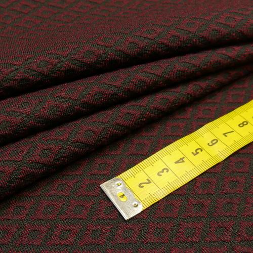 Jacquard rétro bordeaux noir d'Hilco (2.1€/10cm)