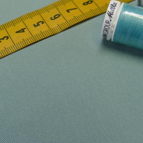 Tissu gabardine extensible vert tendre (1€/10cm)