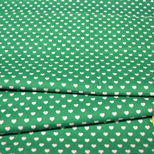 Coton coeur blanc fond vert