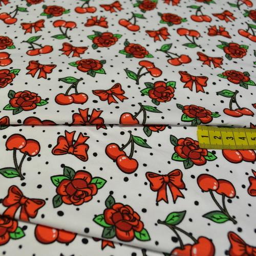 Jersey de coton imprimé digital cerises et roses Stenzo (10cm/1.4€)